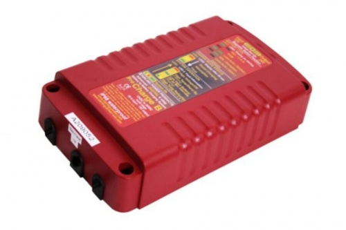Sterling Power Battery to Battery Charger, Waterproof 12/24V 25A – BBW1224